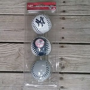 Unopened package of Rawlings Softee 3 Ball Set.